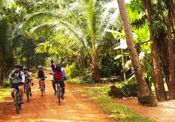 Mekong Delta Easy Biking Tour 3 days