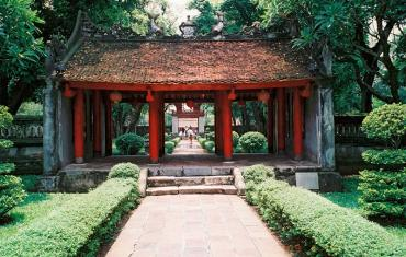Luxury Indochina Holidays from Hanoi 18 days