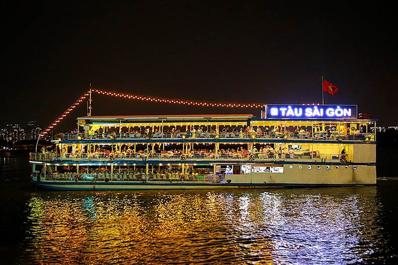 Vietnam Private Tours with Dinner Cruise on Sai Gon River